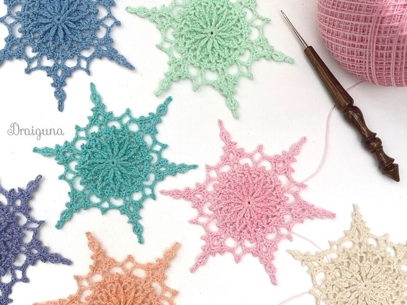 Free Patterns Delicate Crochet Snowflakes