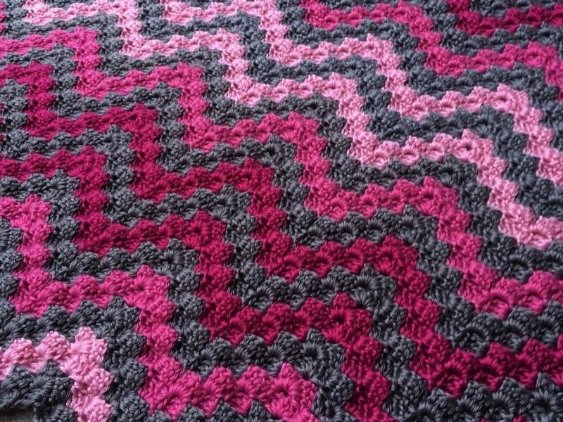 Pink Waves Blankets Free Crochet Patterns