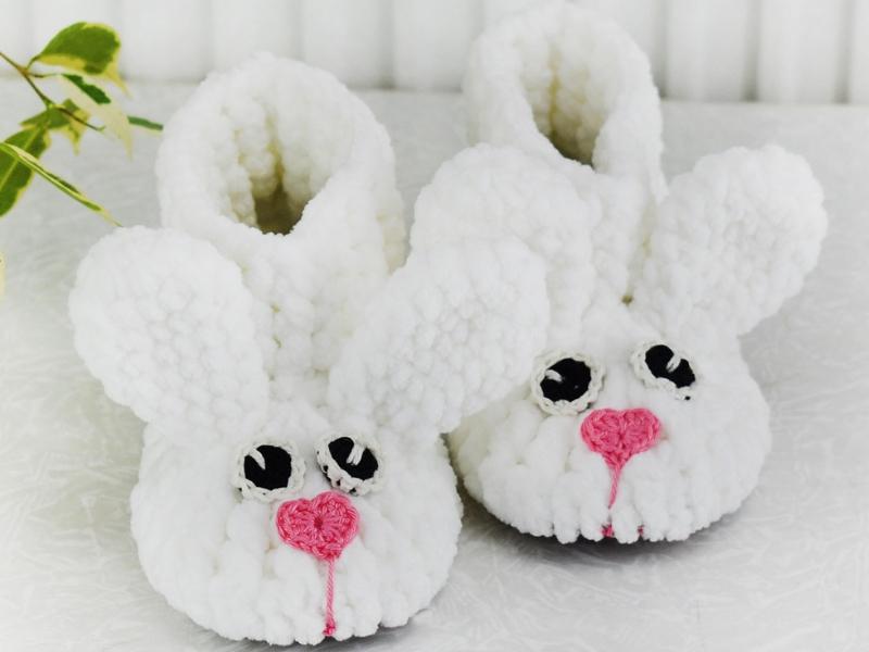 Bunny Velvet Boots Free Crochet Pattern