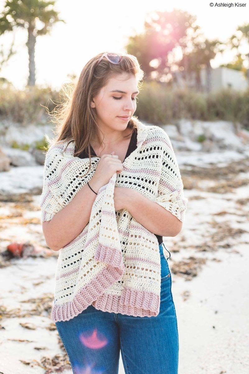 Double Scoop Shawl Free Crochet Pattern