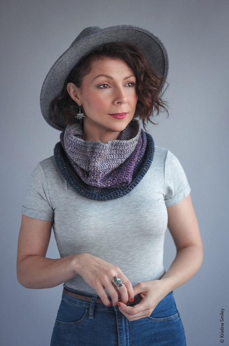 Darling Cowl Free Crochet Pattern