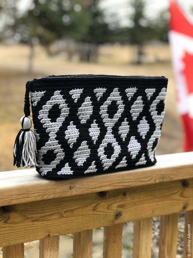 Diamonds Are Forever Bag Crochet Pattern