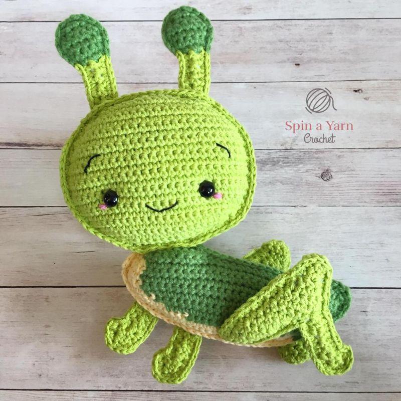 Grasshopper Amigurumi