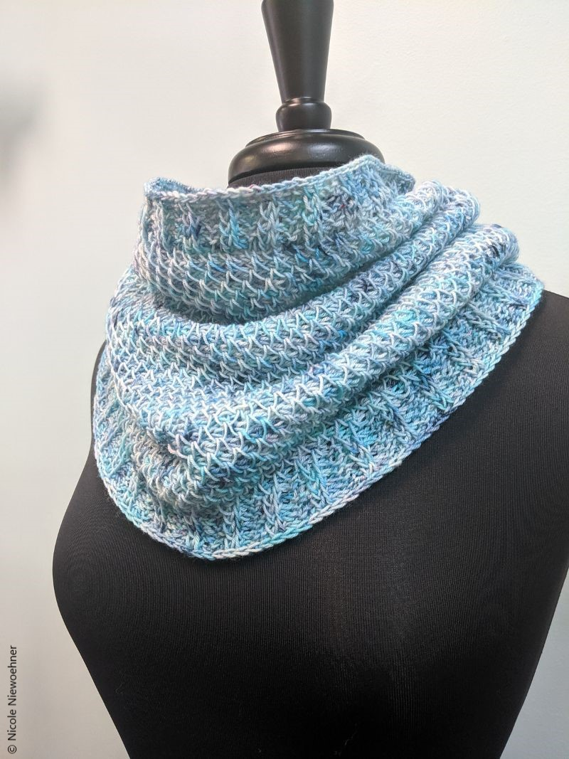 Ocean Tunisian Cowl Free Crochet Pattern