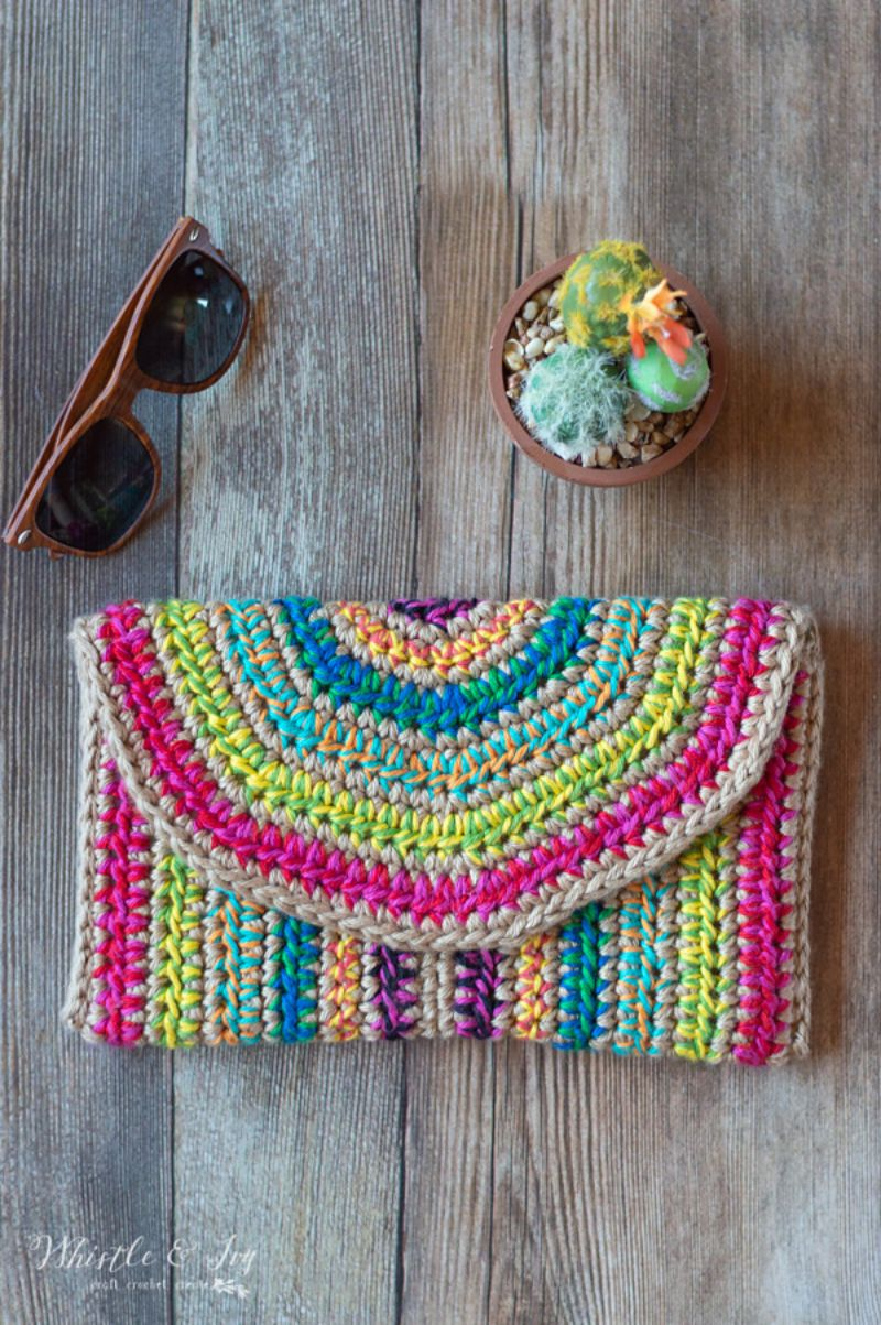 Rica Colorful Clutch Free Crochet Pattern