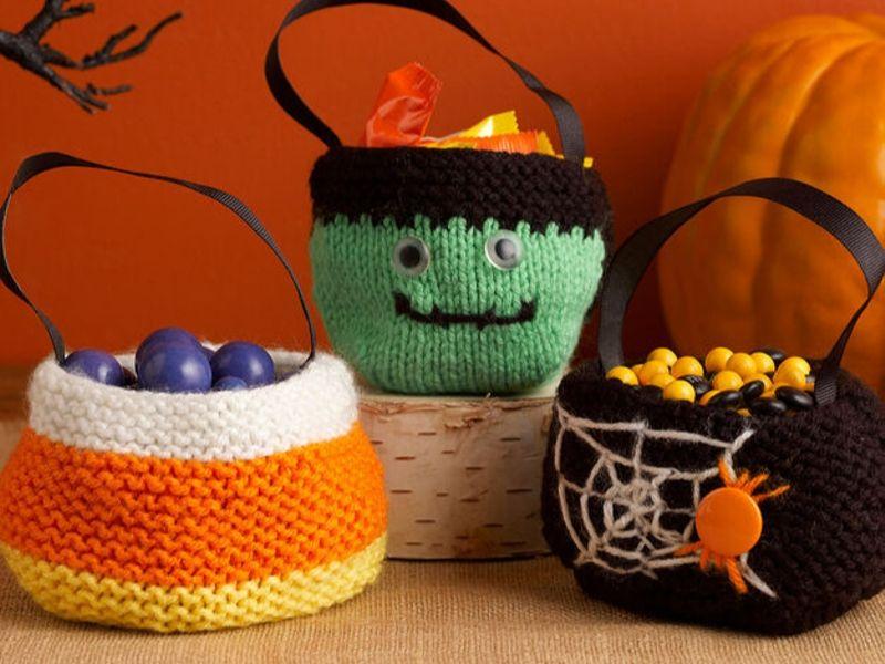 Free Patterns Knitted Halloween Treat Bags