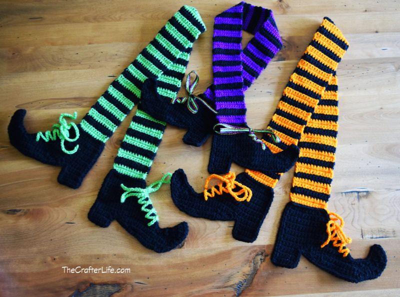 Crochet Legs Scarf