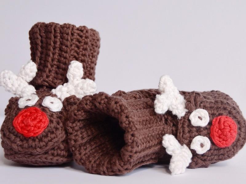 Baby Santa's Booties Free Crochet Patterns