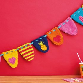 Colorful Buntings Free Knitting Patterns