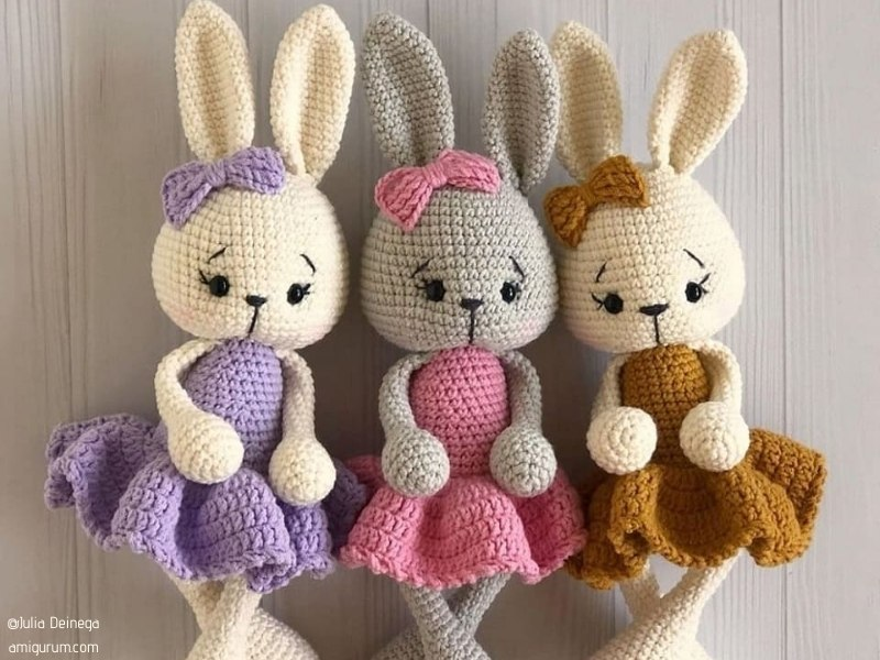 Sweet Amigurumi Bunnies with Free Crochet Patterns